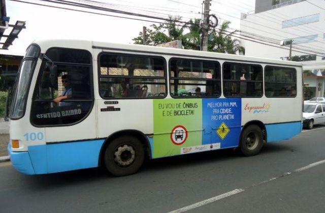 bicicleta ônibus
