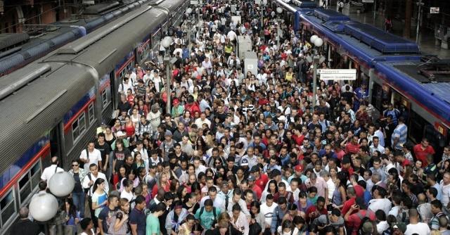 trem lotado São Paulo