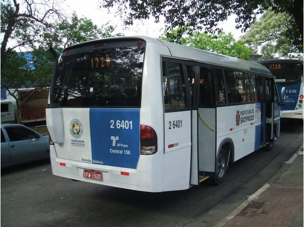 mini ônibus