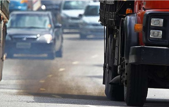 caminhão poluição