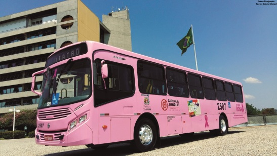 ônibus outubro rosa