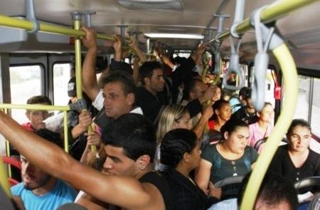 População em todas as cidades está cansada do mesmo: promessas boas, mas na prática, dificuldades para se locomover não mudam.