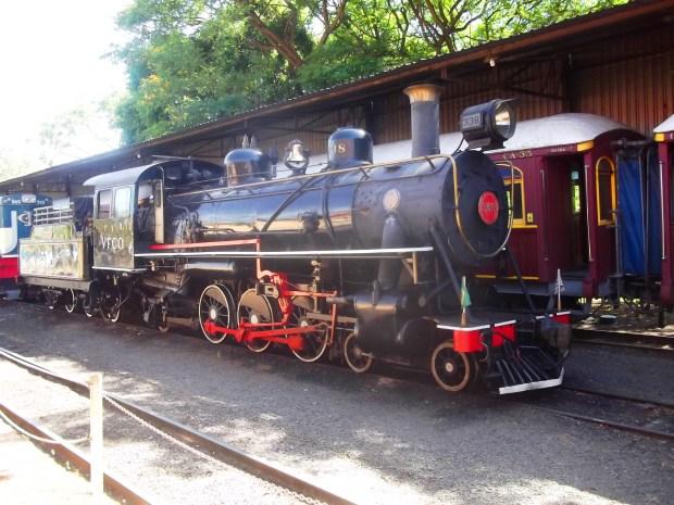 Máquinas e carros de diversas tecnologias, épocas e sistemas podem ser apreciados de perto na estação Anhumas