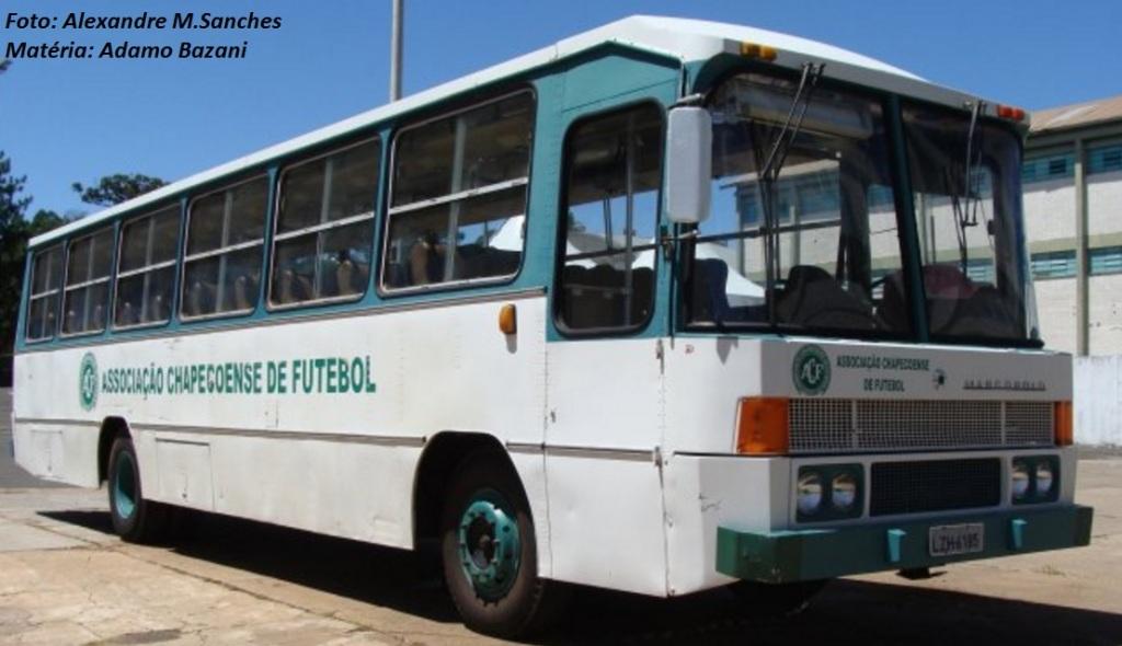 Ônibus que virou mascote e parceirão das conquistas da Chapecoense