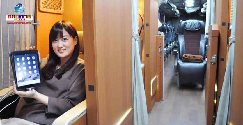 Massagem, purificador de ar e um tablete são alguns dos mimos oferecidos em cada compartimento dos ônibus