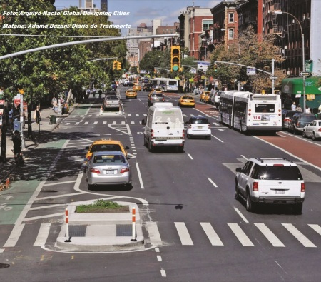 Além de deixar as viagens mais rápidas para os passageiros, faixas e corredores de ônibus podem disciplinar trânsito e qualificar espaço urbano, beneficiando motoristas de carros e pedestres