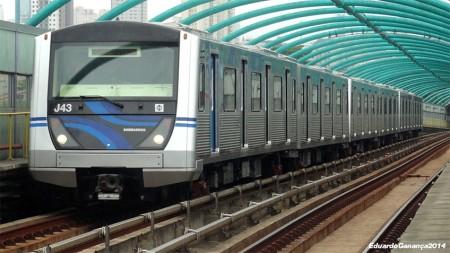 Trem reformado em operação na Linha 2-Verde   Imagem de Eduardo Ganança