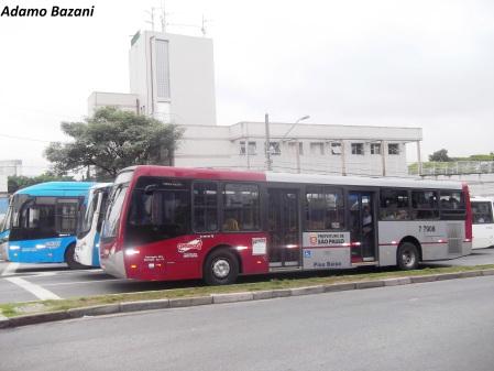 Como melhorar os espaços para os ônibus está entre os assuntos a ser debatidos